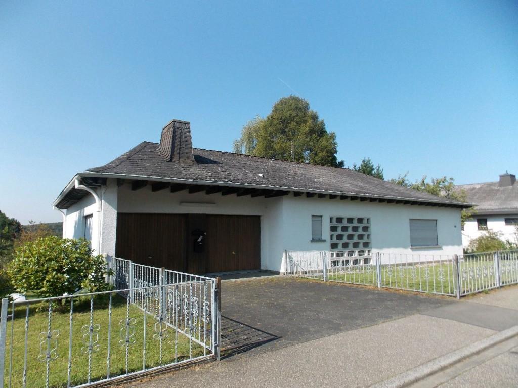 Haus zum Kauf in Höhr Grenzhausen Geräumige Immobilie