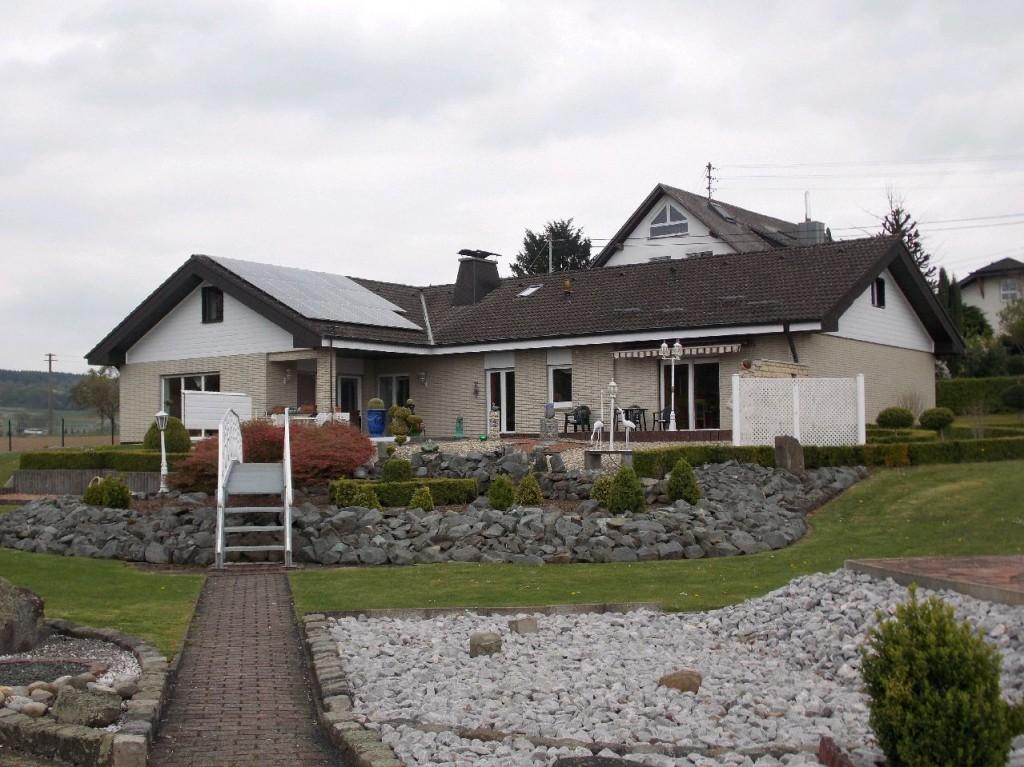 Haus zum Kauf in Wallmerod VG Niederahr